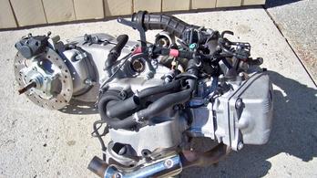 Nagymotor mellé olcsó 150-es robogót