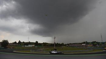 Hamilton: Áldás volt az eső