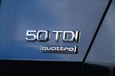 Régen még 3.0 V6 lett volna a felirat