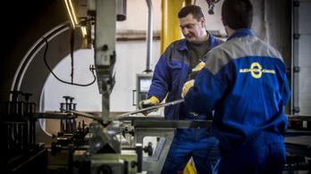 13%-kal nőtt a fizikai munkások bére