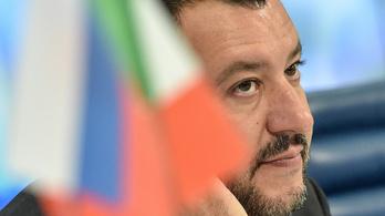 Annyira kritizálják az olasz miniszterelnök-helyettest, hogy kénytelen volt Mussolinitől idézni