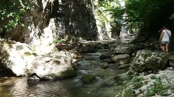 Magyar turistákat mentettek a román hegyi mentők a Krivádiai-szurdokban
