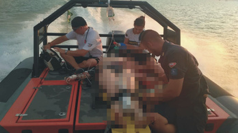 Eszméletlen külföldi nőt mentettek ki a Balatonból