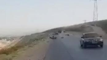 Biciklis turistákat ölt az IS Tadzsikisztánban és videóra vette