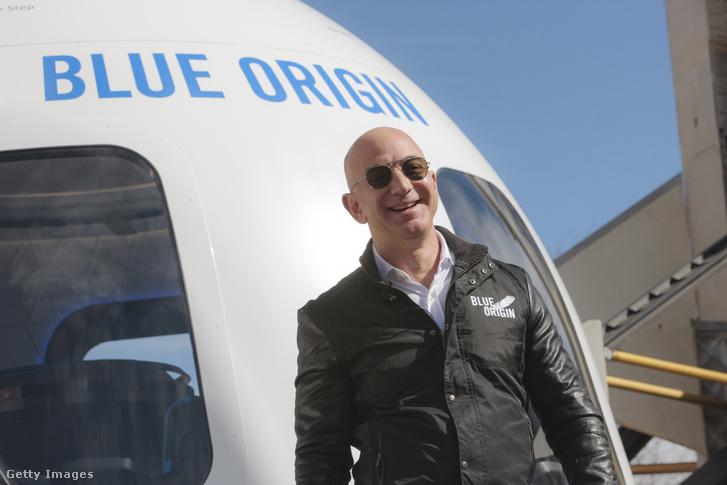 Bezos 2017-ben