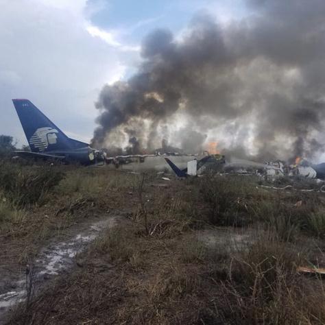 Az Aeroméxico gépének roncsai