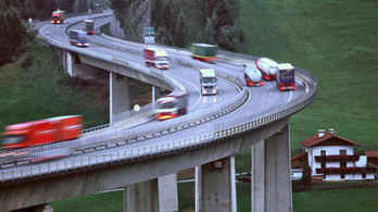Ausztriában a 140 km/órás sebességhatárral kísérleteznek
