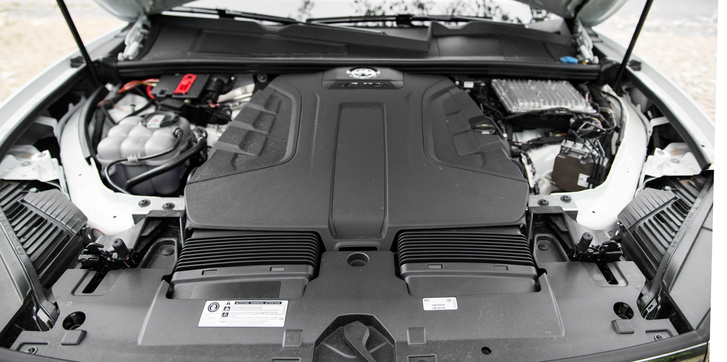 3 liter, V6 TDI, 286 ló, 600 Nm