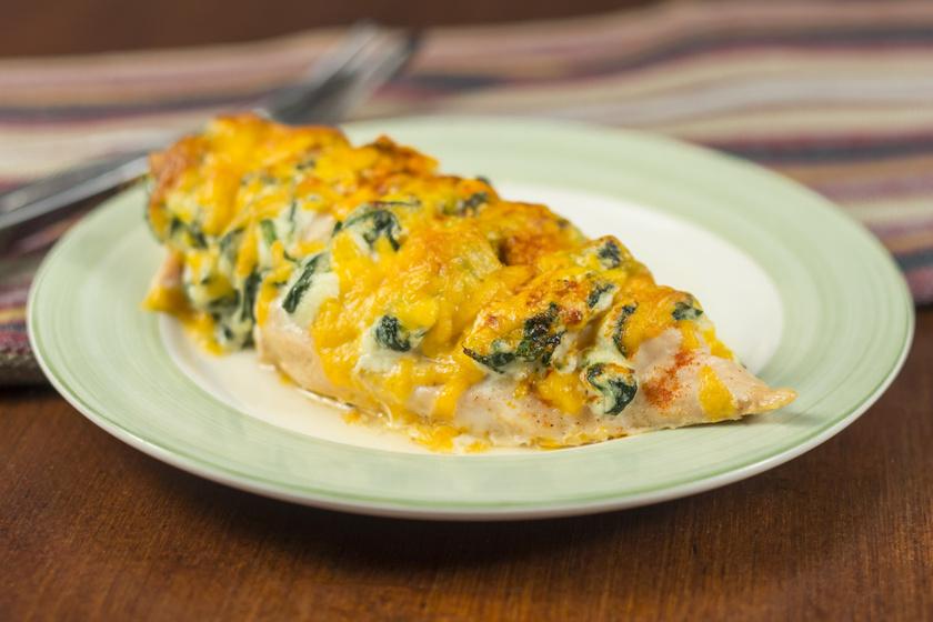Hasselback-csirkemell sok sajttal, ricottával: így nem fog kiszáradni