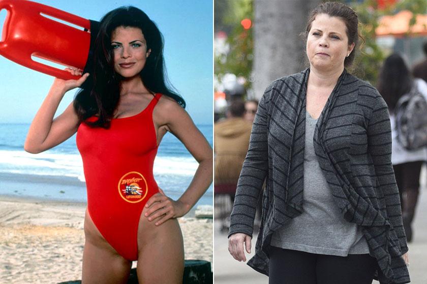 A Baywatch egyik ikonikus bombázója, a Caroline-t játszó Yasmine Bleeth legalább harmincplusz kilót szedett magára. A sorozat után sokáig drogbotrányaitól volt hangos a sajtó, 15 éve nem játszik.