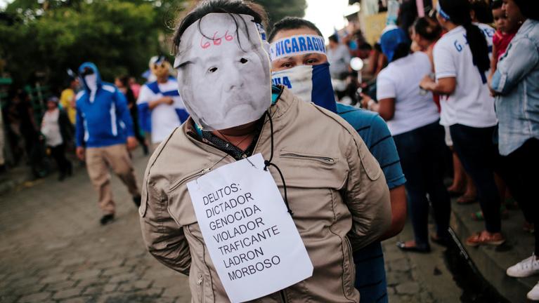 Egy püspök lett az ellenállás arca Nicaraguában