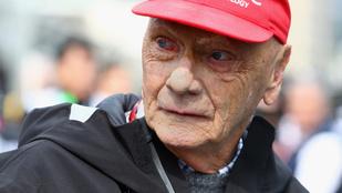Kórházba került Niki Lauda, az intenzíven is ápolták