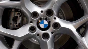 Szlovákiával és Romániával versenyeztünk a BMW-gyárért