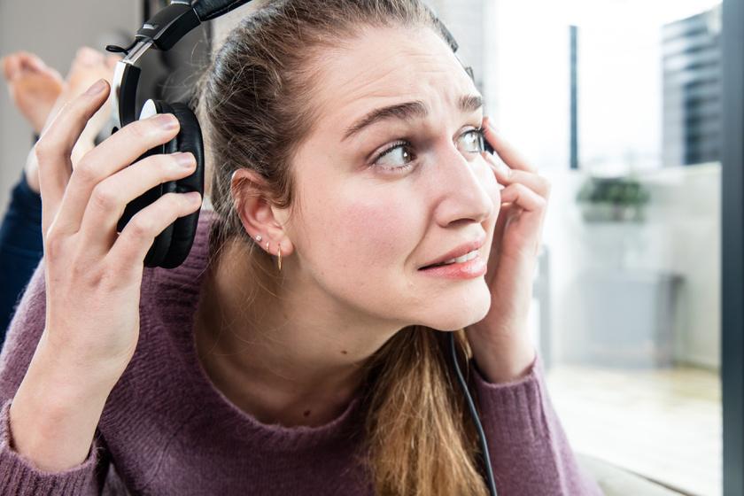 fülzúgás (2)