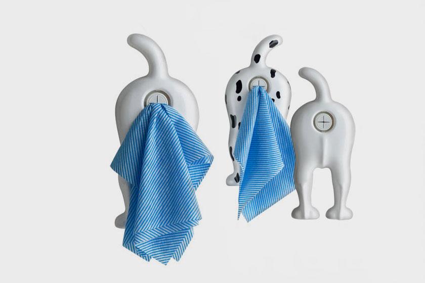A kutya fenekéből kihúzni a mosogatórongyot? Ízléses és egyben hiánypótló darab.
