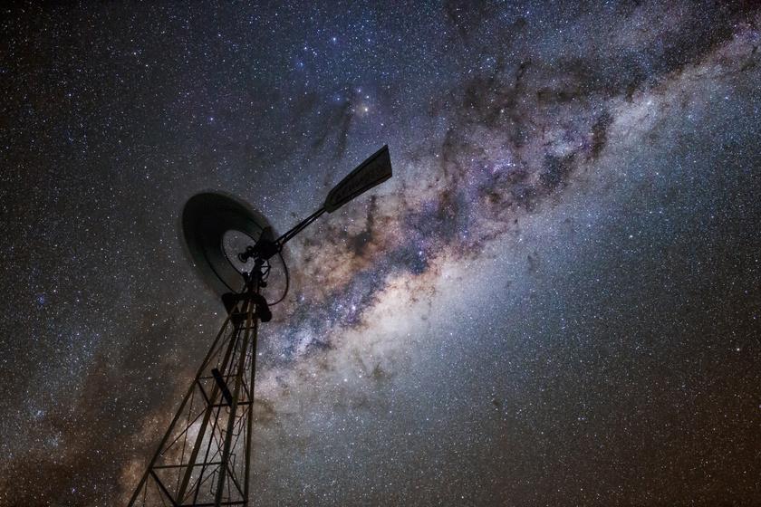 A minimális fényszennyezettségű területen a leghalványabb csillagok is látszanak.