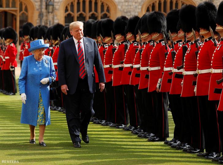 II. Erzsébet és Dondla Trump