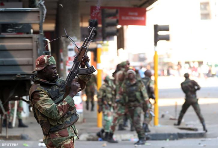 A katonák tüzet nyitottak Hararéban az ellenzéki Demokratikus Változásért Mozgalom tüntetőire