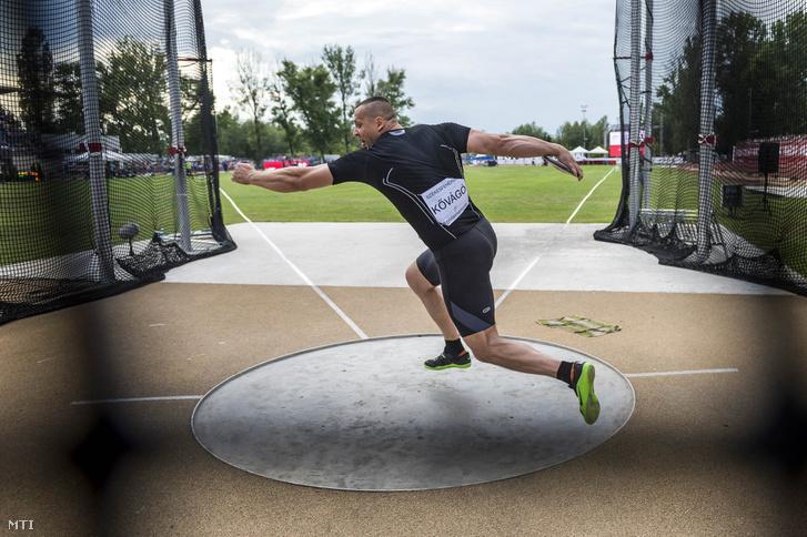 A későbbi győztes Kővágó Zoltán diszkoszvető a Gyulai István Memorial nemzetközi atlétikai versenyen Székesfehérváron 2017. július 4-én.
