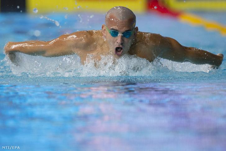 Cseh László a glasgow-i úszó Európa-bajnokság férfi 200 méteres pillangóúszásának selejtezőjében 2018. augusztus 4-én.