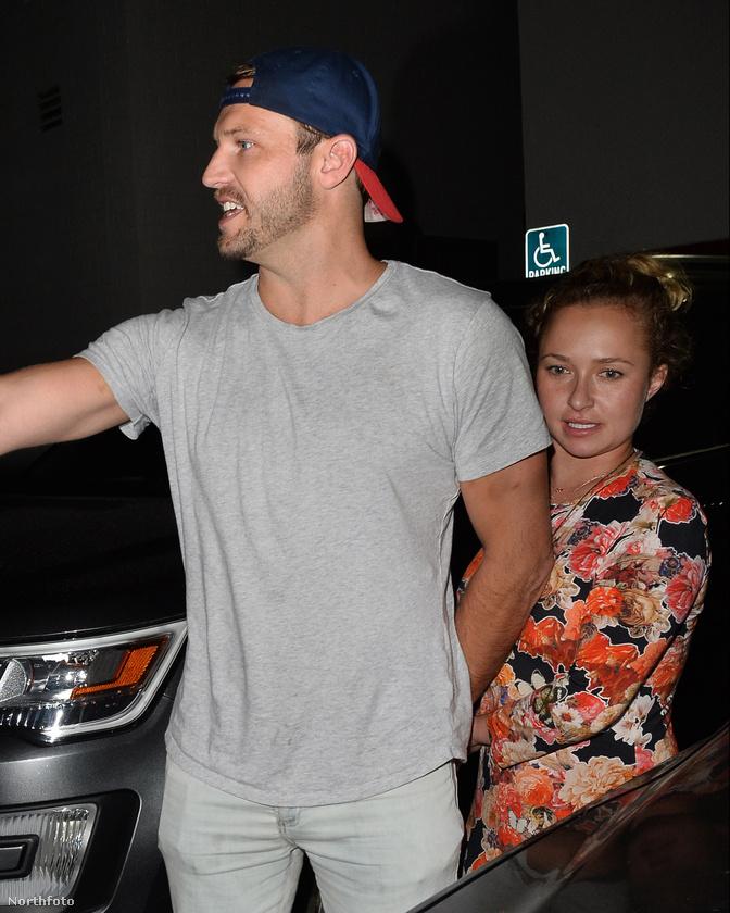 A férfi kilétéről nincs konszenzus, de az biztos, hogy egy Craig's nevű helyen voltak ők együtt vacsorázni Los Angelesben péntek este.