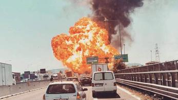 Felrobbant egy üzemanyagszállító kamion a bolognai reptér közelében