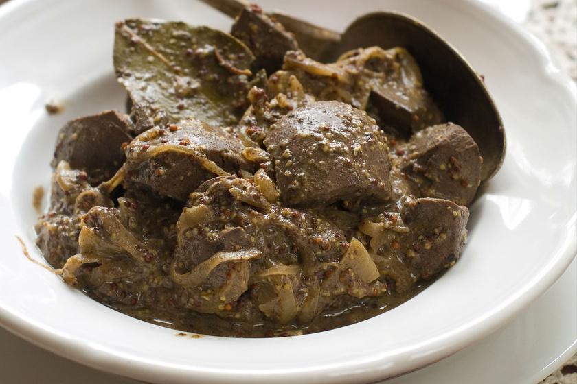 Fűszeres, mustáros csirkemáj sütőben vagy grillen: így még puhább lesz