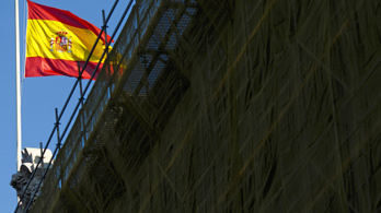 Spanyol kamuingatlanokkal húzta le az áldozatait Kéró Juci
