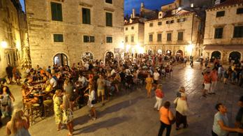 Összeomlás előtt a horvát munka- és egészségügyi rendszer
