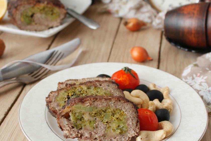Brokkolis, sajtos, töltött fasírt: tedd fejedelmivé a hétköznapi vagdalt húst