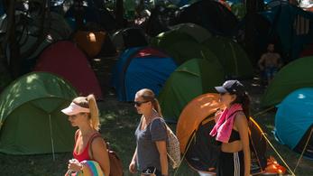 Rászorulóknak adják a Szigeten kint hagyott sátrakat