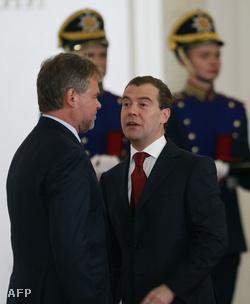 Jevgenyij Kaszperszkij és Dmitrij Medvegyev
