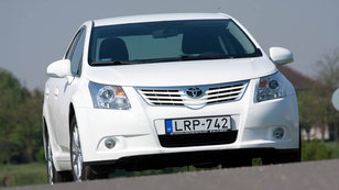 Toyota Avensis 2.0 D-4D Travel Edition
