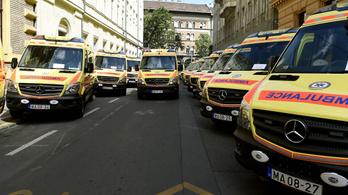 Kilencszer kellett egy nap hívni a mentőt ugyanabba az üzembe a hőség miatt