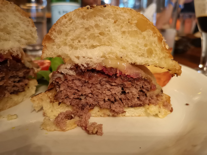 A hasonlóan száraz húsos hamburgerem, amit az Impossible Burger előtt ettem
