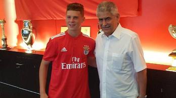 Csoboth Kevinnel hosszabbított a Benfica, az elnök is jelen volt