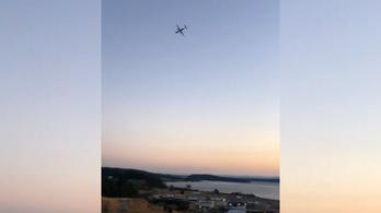 Ellopott egy repülőgépet, majd egy szigetre zuhant