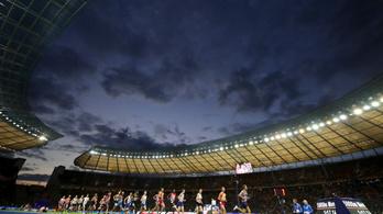 Ki játszik a Hertha stadionjában, hogy 60 ezren vannak kint?
