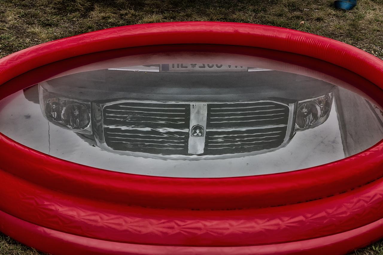 Szegény Dodge RAM, ha tehetné, orrost ugrana ebbe a kis kacsaúsztatóba a szombati párás, nyirkos melegben