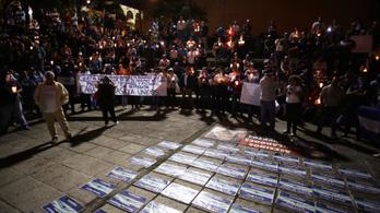 Több ezren tüntettek Nicaraguában, hogy szabadon engedjék a foglyokat