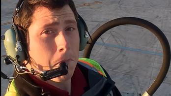 Egy megtört ember vagyok, mondta a seattle-i reptéri munkás, mielőtt lezuhant a repülővel, amit ellopott