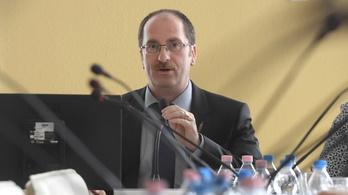 Patyi András lemond a választási bizottság vezetéséről is