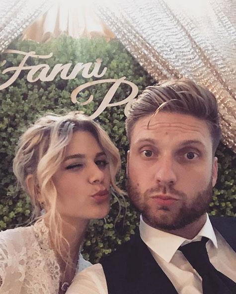 A menyasszony és a vőlegény: Weisz Fanni és Hajmássy Péter.
