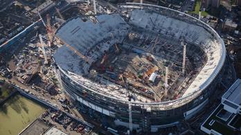 Baj van a Tottenham-stadionnal, az NFL is szív miatta