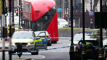Terrorcselekményként kezelik a londoni parlamenti karambolt