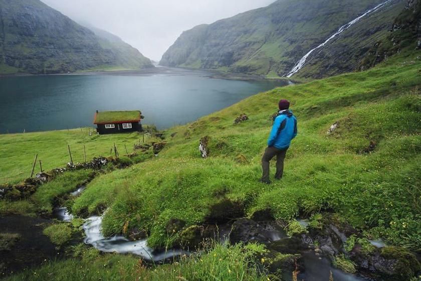 A Feröer-szigetek hőmérséklete a legmelegebb az északi tájak között, itt ugyanis az átlaghőmérséklet még télen is 3 °C.