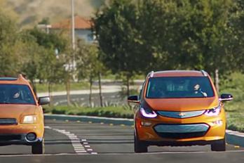 A Volkswagen a Chevrolet autóját reklámozza