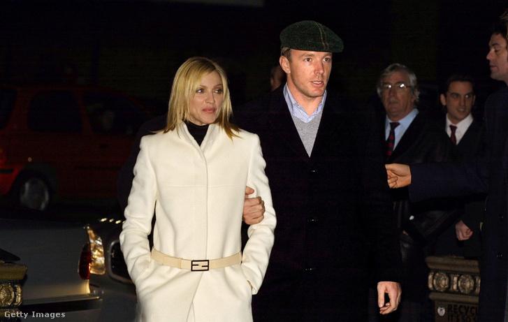 Madonna és Guy Ritchie (2001)
