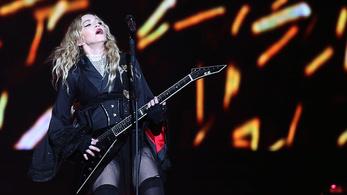 Még mindig itt vagyok – Madonna 60