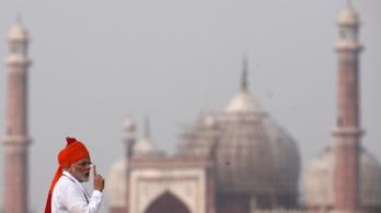 India embert küld az űrbe